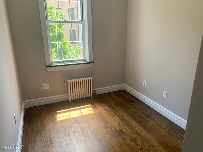 230 E 32nd St 3C, New York, NY - $3,079