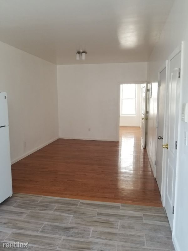959 kent ave unit 2, Bklyn, NY - $2,000