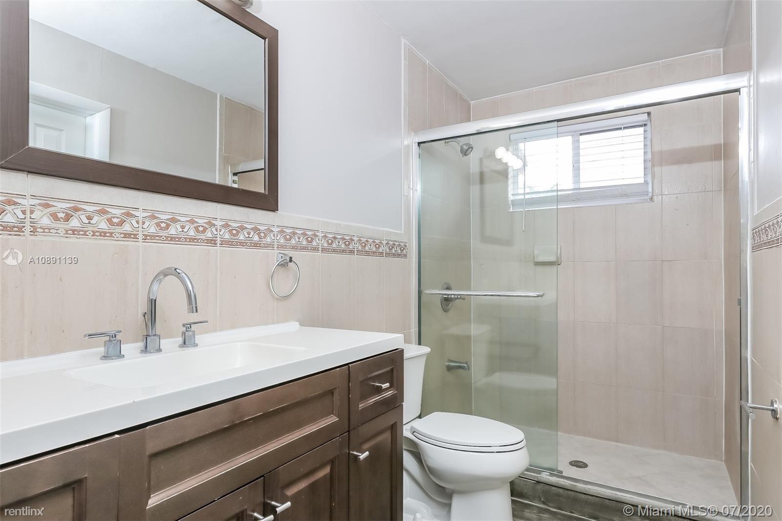 7551 Buchanan St, Hollywood, FL - $2,195