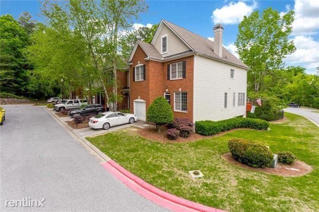 4715 Longcourt Drive Se, Atlanta, GA - $2,450