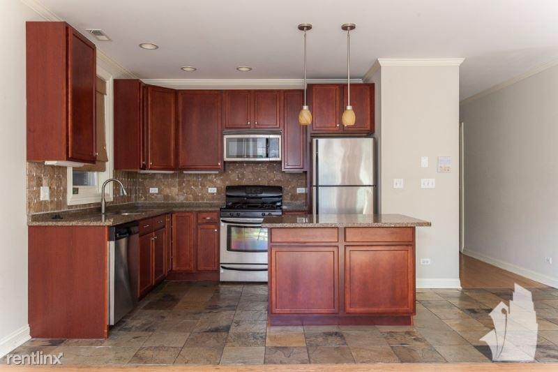 1148 W Roscoe St 2, Chicagow, IL - $2,900