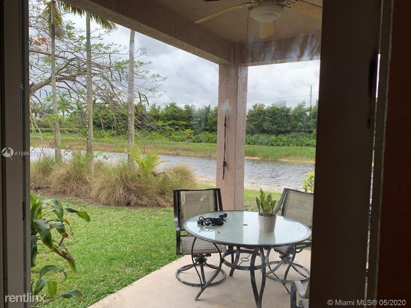 482 Conservation Drive, Weston, FL - $2,700