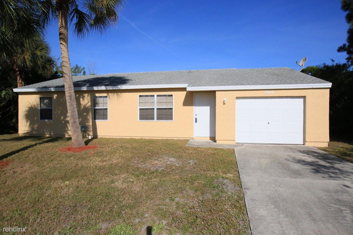 2913 SE Ironton Avenue, Port Saint Lucie, FL - $1,549