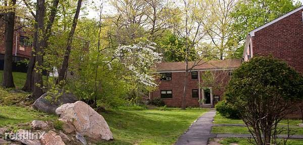 Beacon Hill Dr, Dobbs Ferry, NY - $1,995