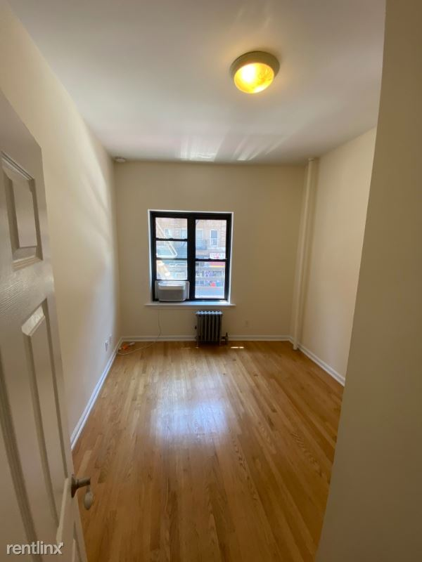 212 GRAND ST 2, NEW YORK CITY, NY - $4,575