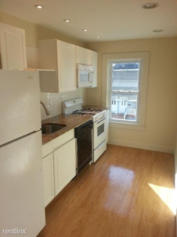2 Mitchell St. 2, Nashua, NH - $1,500