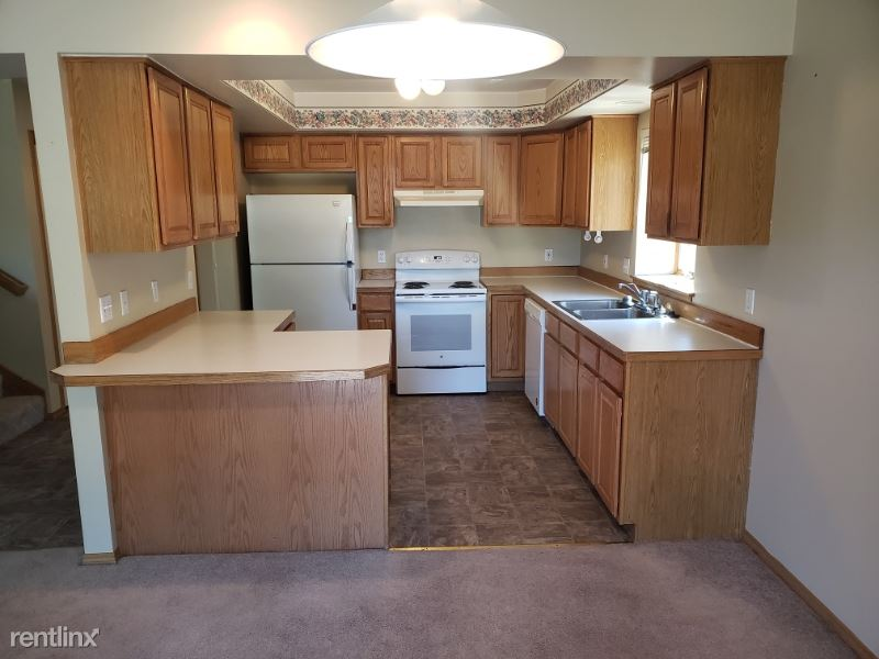 511 N 19th Ave, Bozeman, MT - $1,700