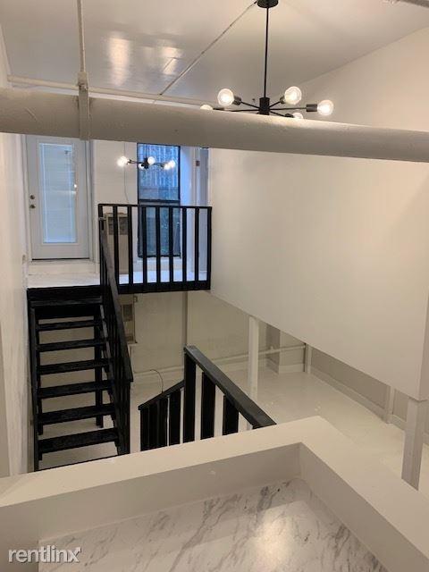 248 MCKIBBIN ST 1B, Brooklyn, NY - $3,276