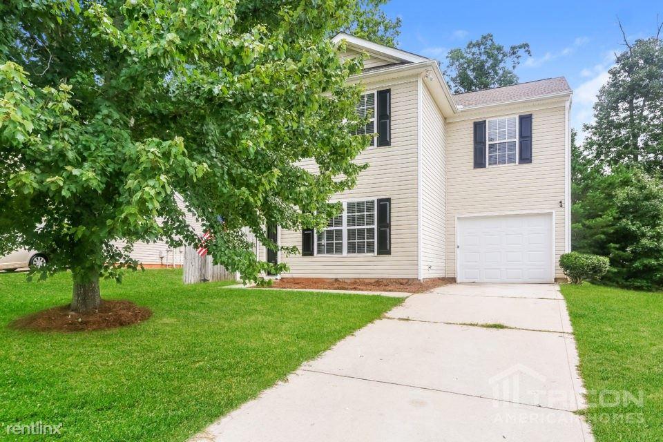 1024 Crowders Woods Drive, Gastonia, NC - $1,499