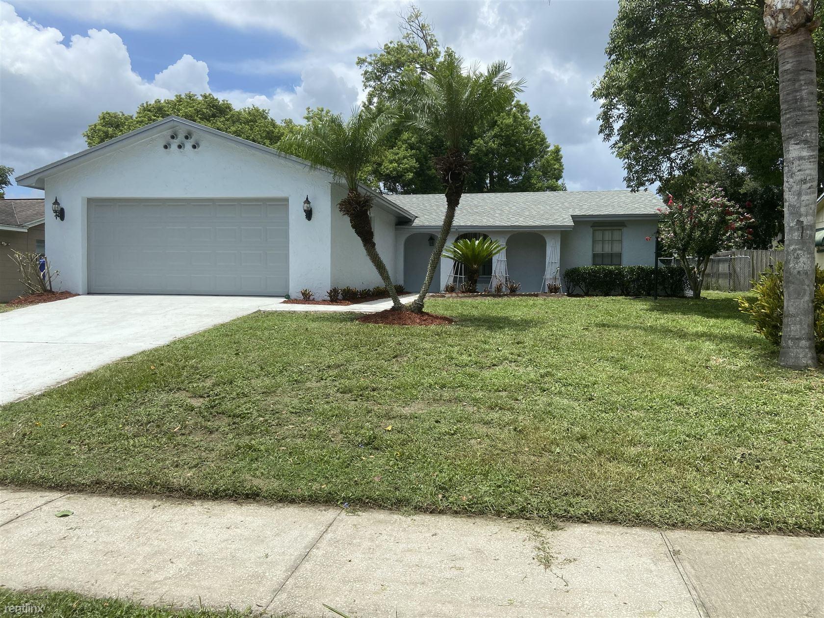 615 Banderas Avenue, Ocoee, FL - $2,000