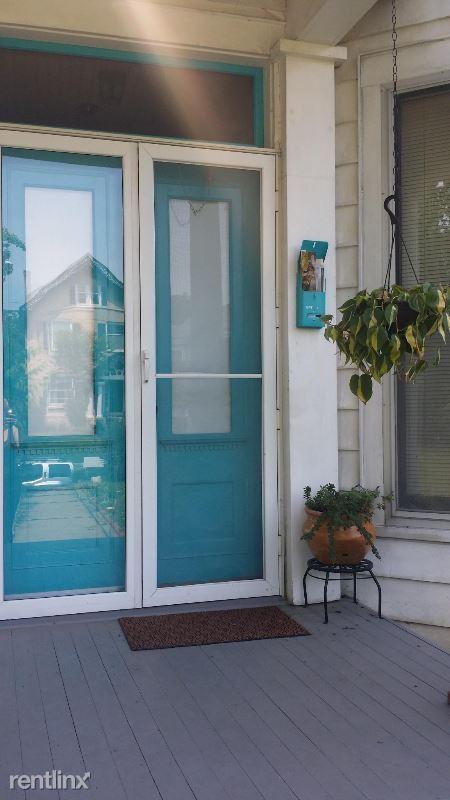 1320 Hepburn Ave, Louisville, KY - $1,050
