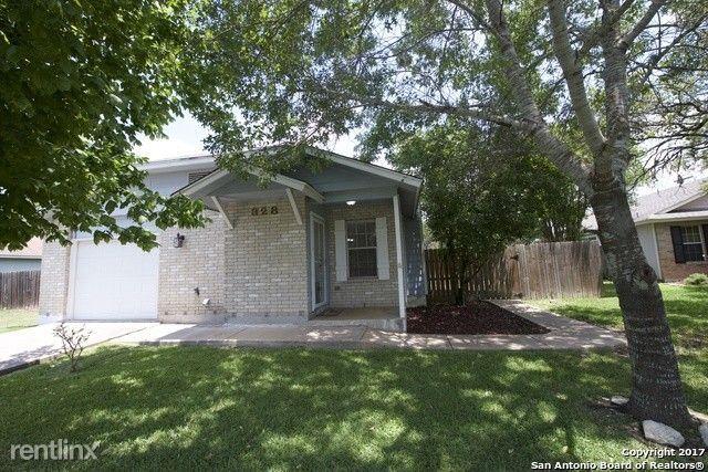 328 Bentwood Dr, Boerne, TX - $1,450