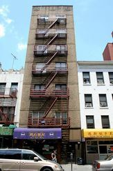 522 E 11th St, New York, NY - $2,475