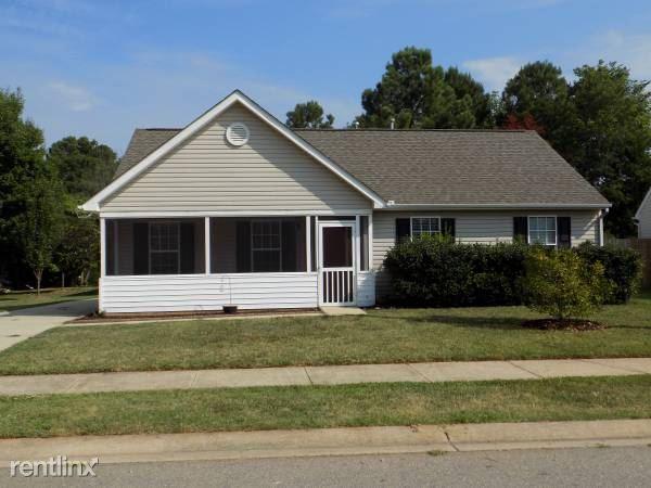 524 Lee St., Holly Springs, NC - $1,500