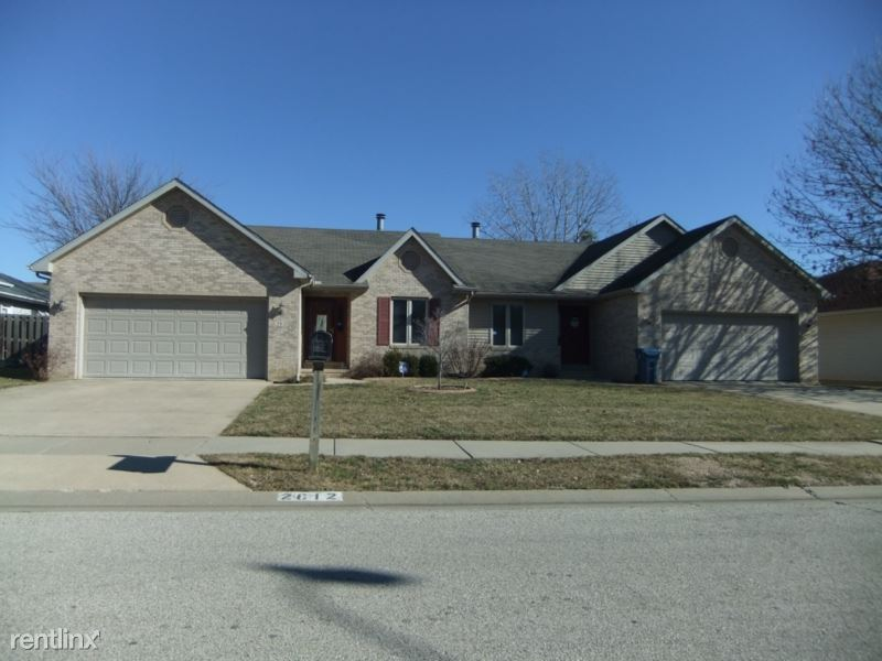 2614 Findley Dr, Springfield, IL - $1,750