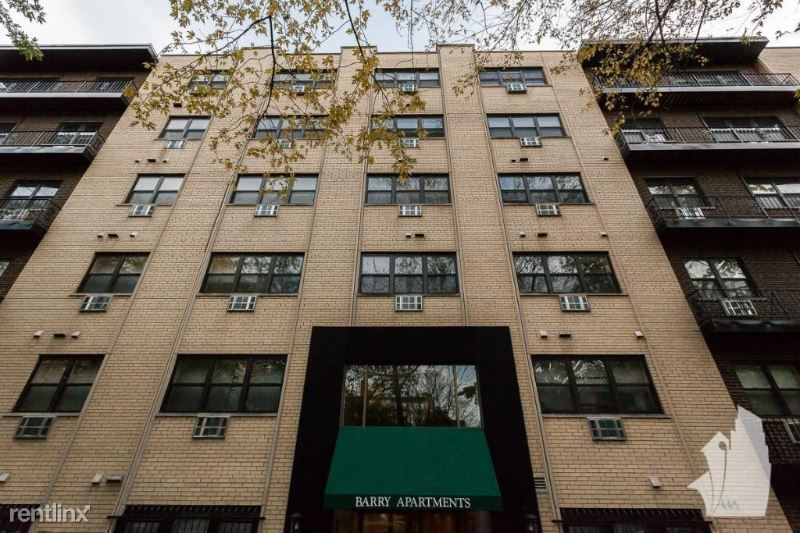 445 W Barry Ave # 409, Chicago, IL - $1,420