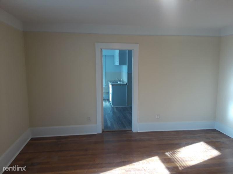 Sherwood Street 3rd, Valhalla, NY - $1,950