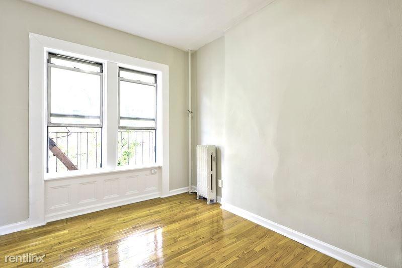 241 W 13th St, New York, NY - $3,291