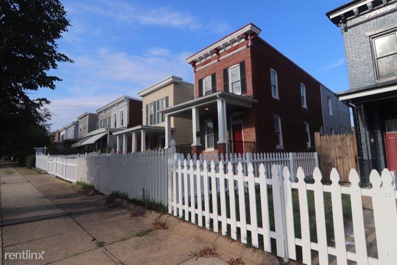 3711 Roland Avenue, Baltimore, MD - $1,850