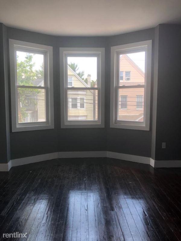 99 Brill St, Newark, NJ - $2,500