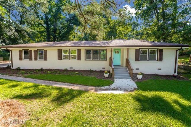 1346 Elmhurst Circle Se, Atlanta, GA - $2,530