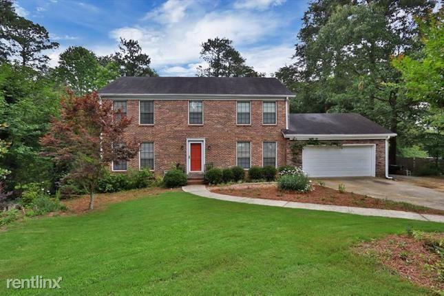 950 Woodmont Drive, Marietta, GA - $2,230