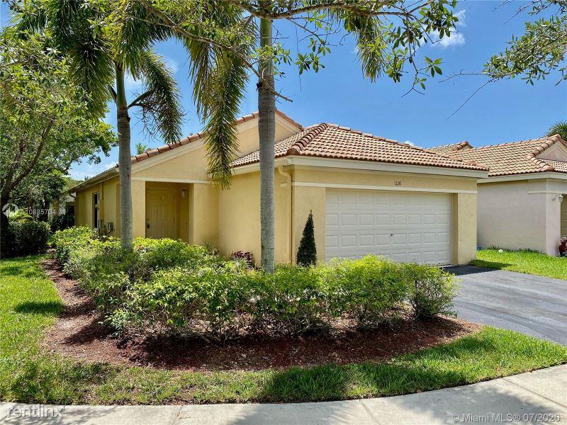 1126 Alexander Bnd, Weston, FL - $2,700