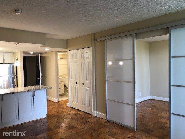 2401 Calvert St NW 518, Washington, DC - $1,886