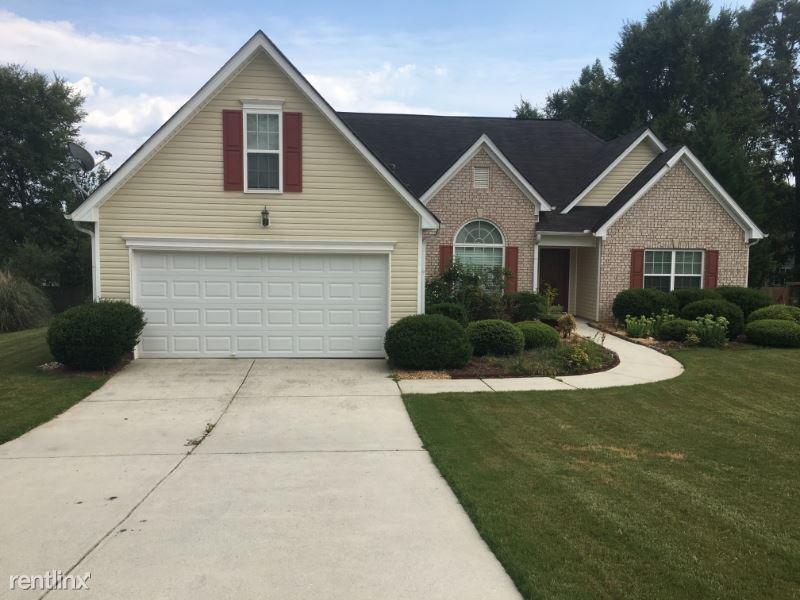 1402 Saint Charles Pl, Loganville, GA - $750