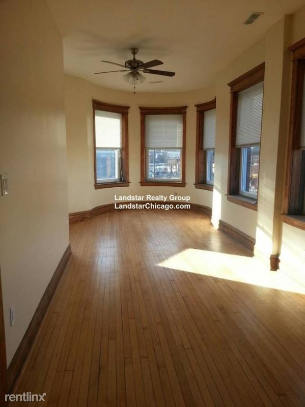 2863 W Fullerton Ave, Chicago, IL - $2,350