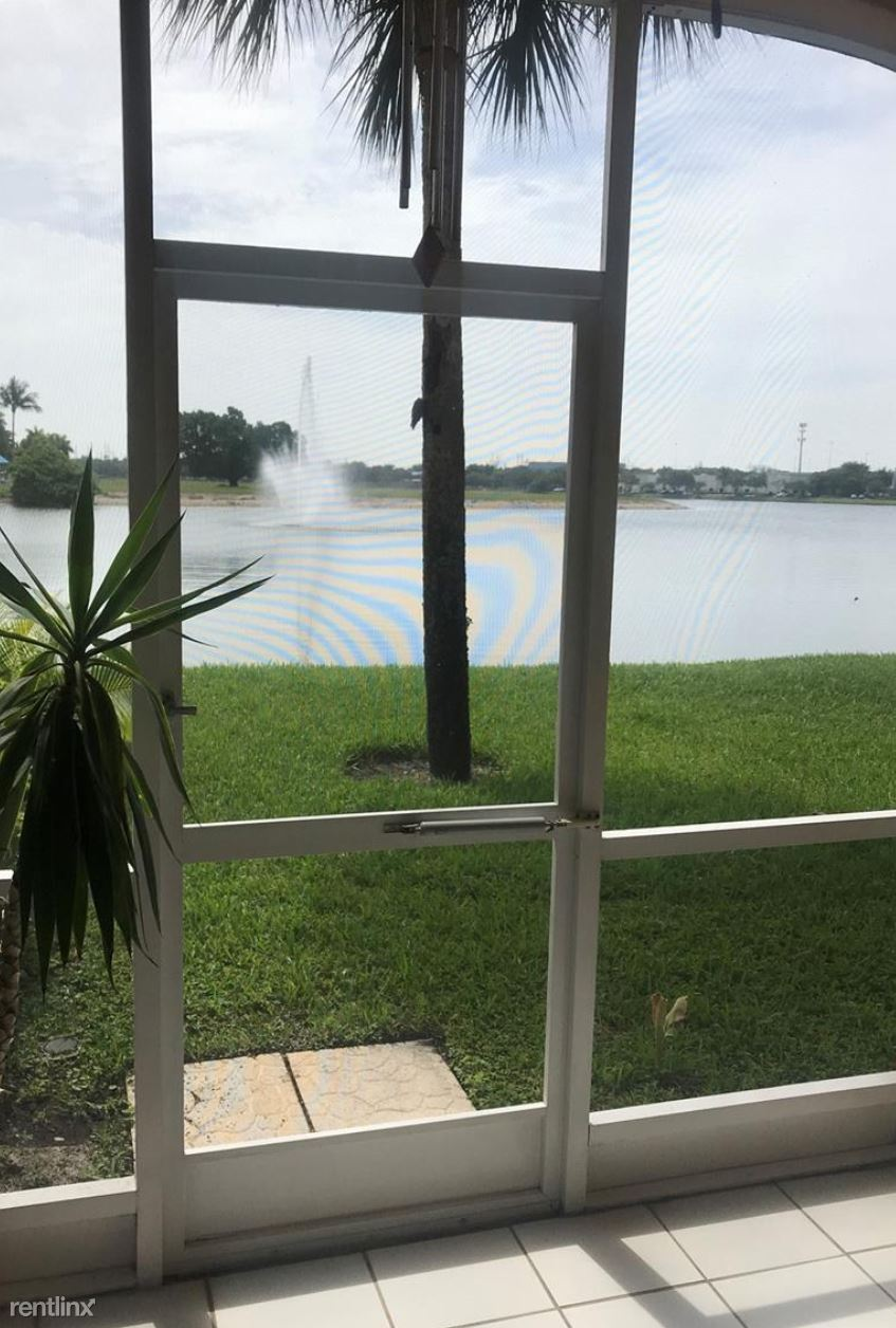 14621 Balgowan Rd, Miami Lakes, FL - $2,200