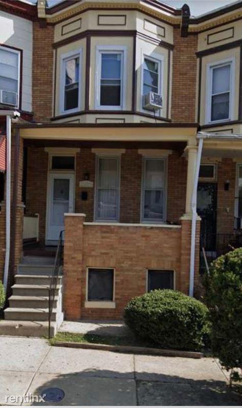 2204 Clifton Avenue, Baltimore, MD - $1,200