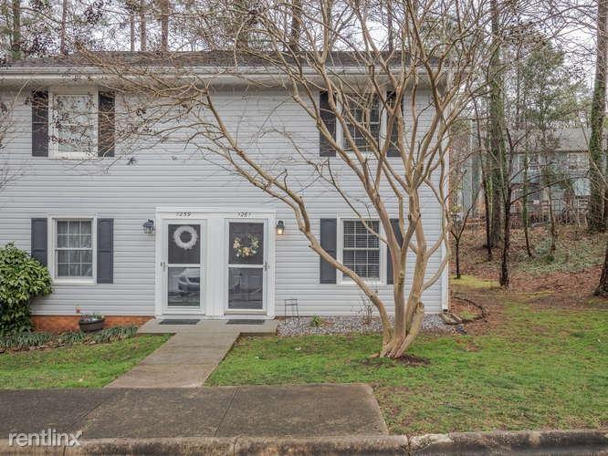 1261 Donaldson Ct, Cary, NC - $2,200