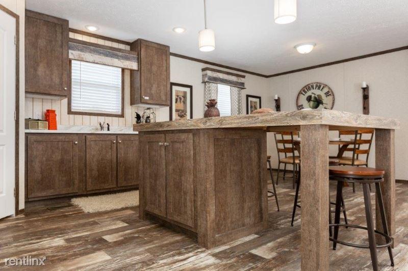 1035 Pebble Creek Dr, Mount Pleasant, MI - $1,024