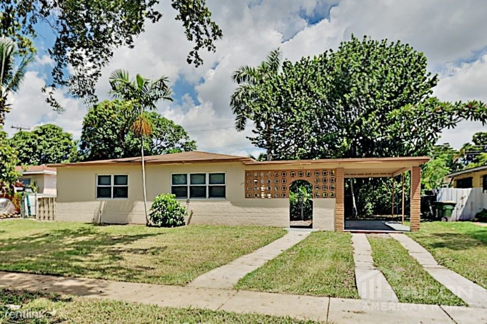 175 NE 127th Street, North Miami, FL - $2,099