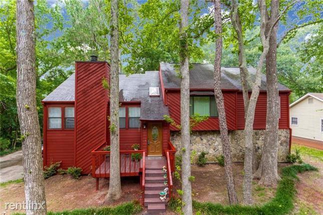 2931 Marsh Lane, Stone Mountain, GA - $1,610