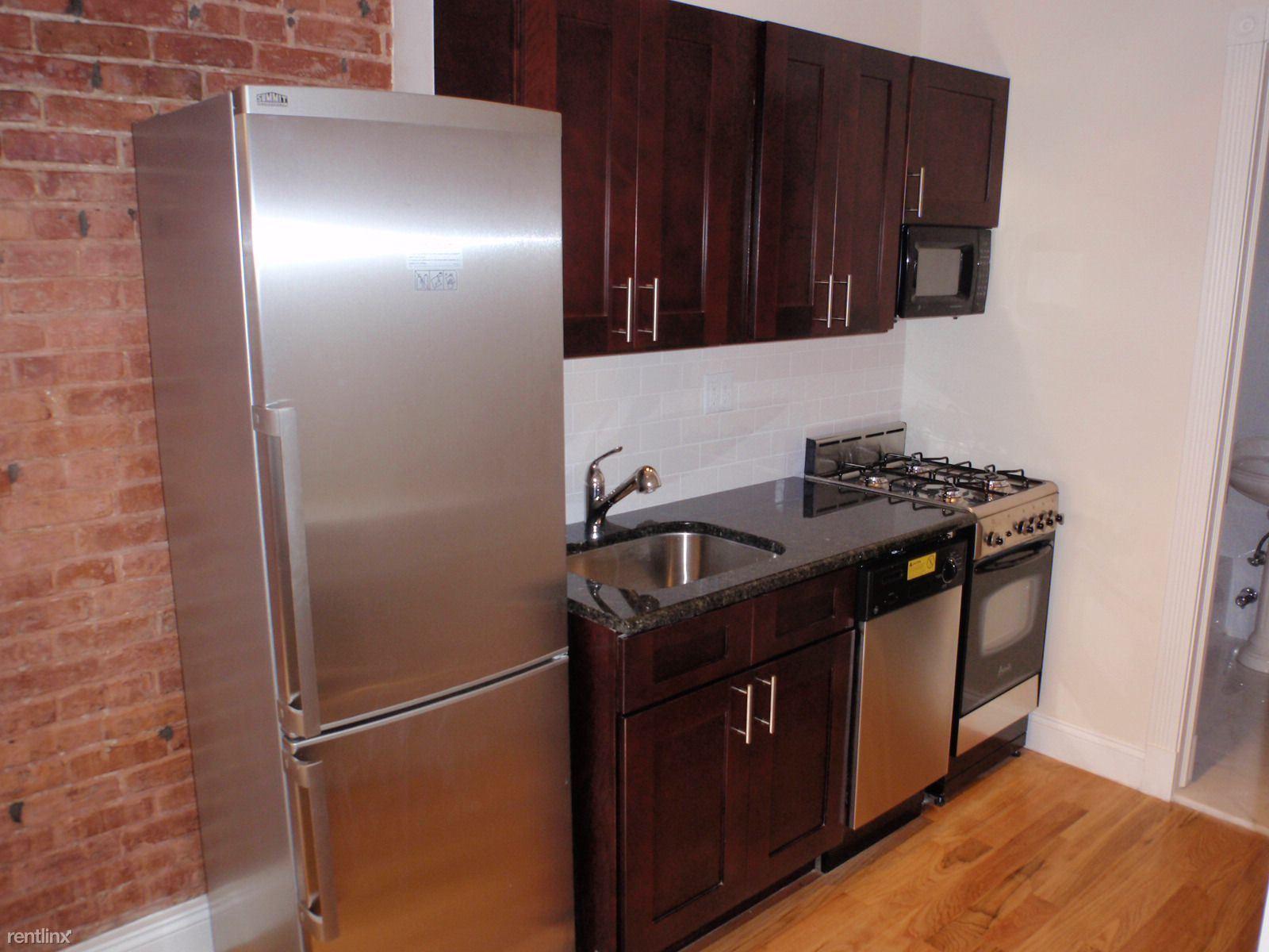 340 E 81st St, New York, NY - $2,166
