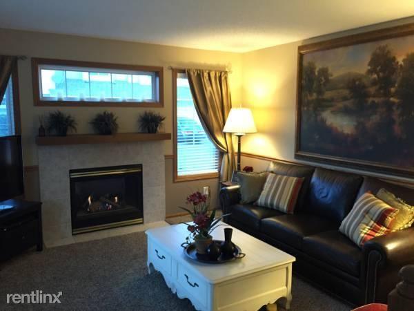 7901 Autumn Ridge Ave, Chanhassen, MN - $1,799