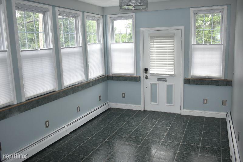161 Woonasquatucket Ave, North Providence, RI - $1,500
