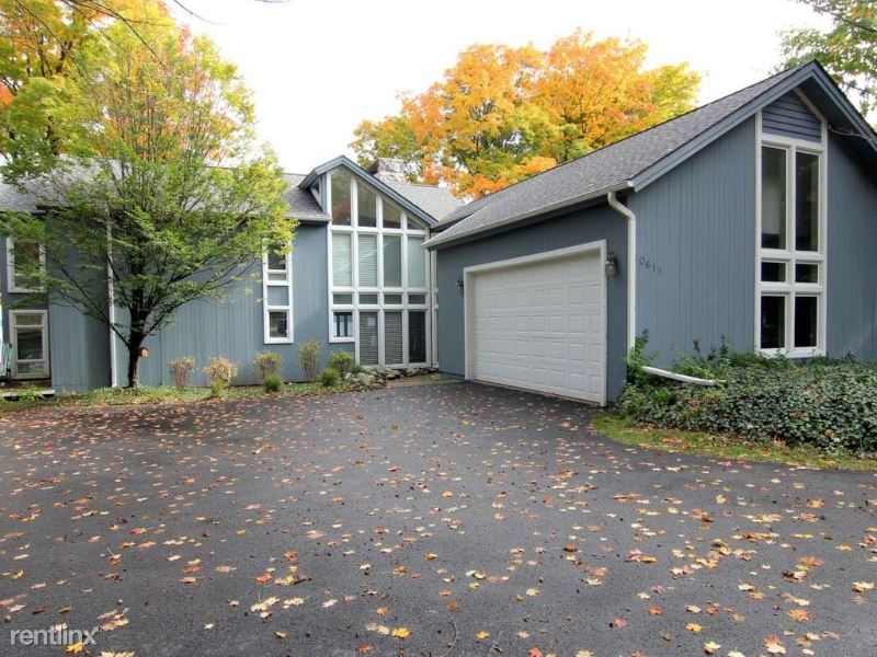 10611 S West Bay Shore Drive, Traverse City, MI - $3,200