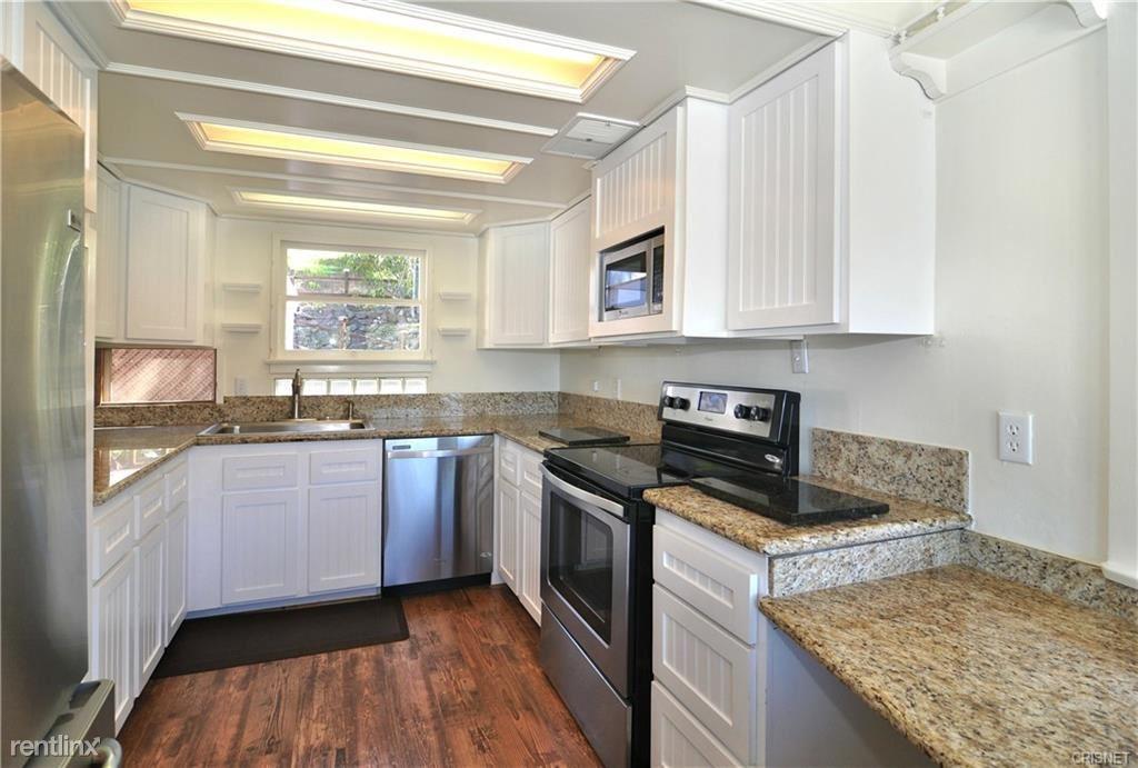 343 Upper Lake Rd, Lake Sherwood, CA - $5,450
