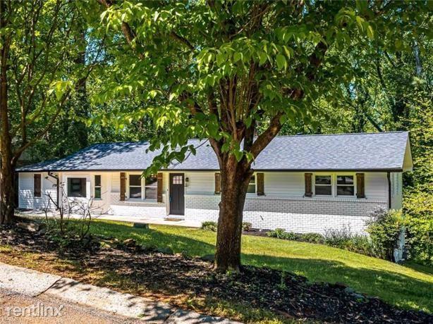 365 Concord Woods Drive Se, Smyrna, GA - $2,440