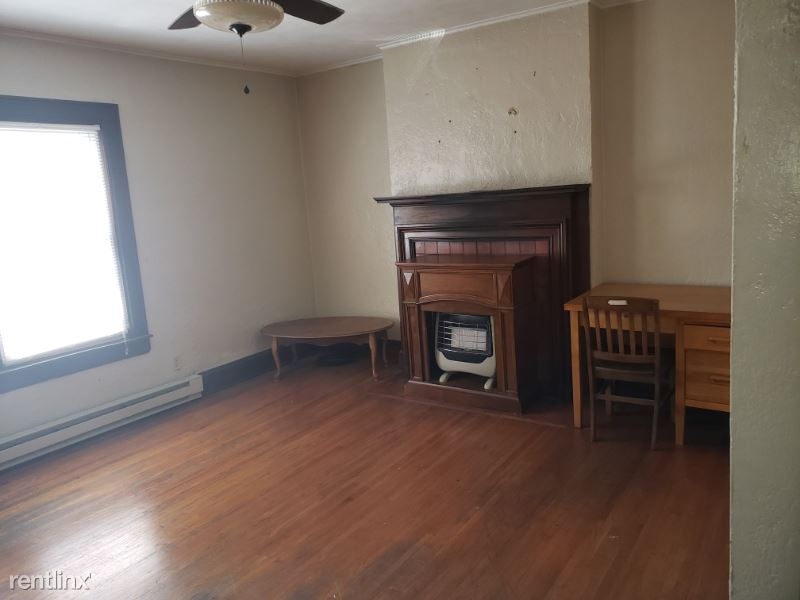 233 Bradford St 5, Charleston, WV - $500