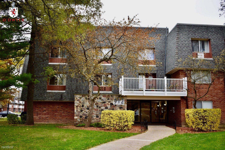 912 Ridge Sq Apt 216, Elk Grove Village, IL - $970