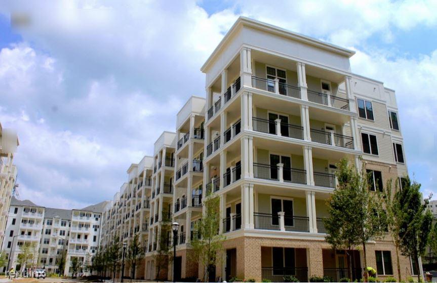222 Colonial Homes Drive Apt 20322-3, Atlanta, GA - $3,105