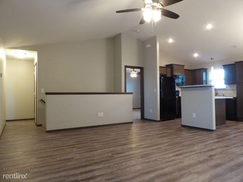 5929 N Millsboro St, Park City, KS - $1,325
