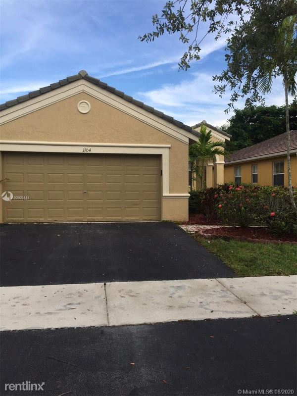 1704 Aspen Ln, Weston, FL - $2,800