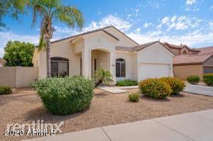 13611 Monte Vista Road, Goodyear, AZ - $1,960