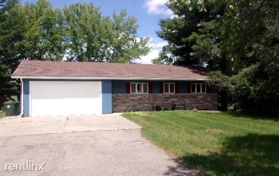 402 Orchard Ridge Dr, Lake Orion, MI - $2,200