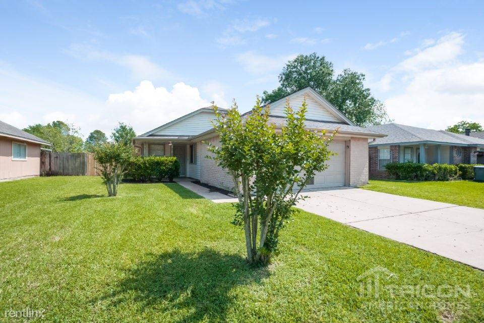 13914 Bay Gardens Drive, Sugar Land, TX - $1,475